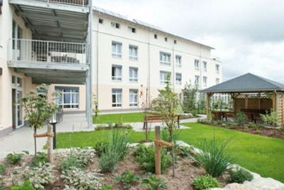 seniorendomizil haus heinrich in hemhofen. Black Bedroom Furniture Sets. Home Design Ideas