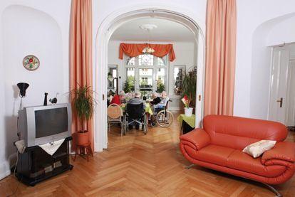 senioren wg sonnenschein berlin charlottenburg in charlottenburg. Black Bedroom Furniture Sets. Home Design Ideas